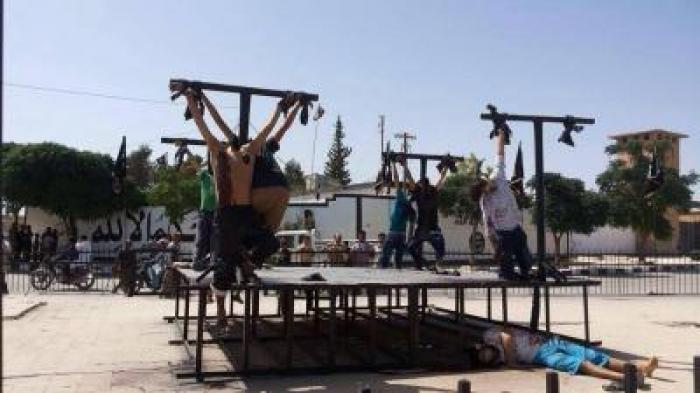 ISIS Performing Crucifixtions on Christians