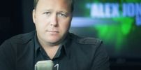 "Alex Jones Infowars "" Daily World News"""